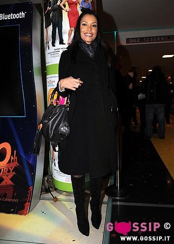 Carolina marconi alla premiere del film foto e gossip - La valigia sul letto film ...