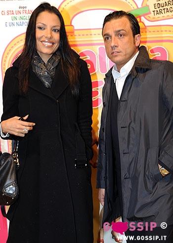Carolina marconi e salvatore de lorenzis alla premiere foto e gossip - La valigia sul letto film ...
