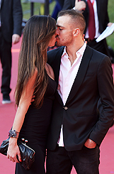 Lorella Boccia con Bruno tenerezze sul red carpet: le foto