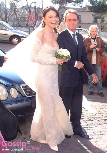 Matrimonio Spiaggia Mondello : Matrimonio di romina mondello foto e gossip
