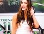 Megan Fox ascolta il suo nome urlato dai molteplici fan accorsi alla premiere del film
