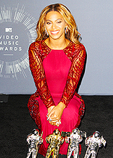 Beyonc� regina degli MTV Video Music Awards 2014: foto