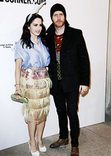 Paola Iezzi e Paolo Santabrogio mondani in attesa delle nozze: le foto