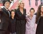 Tiziana Rocca e Giulio Base con i figli sul red carpet