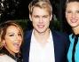 Vanessa Lengies, Chord Overstreet e Heather Morris sul red carpet di Glee