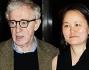 Woody Allen con la moglie Soon Yi