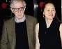Woody Allen con la moglie Soon Yi alla premiere di \'To Rome with love\'