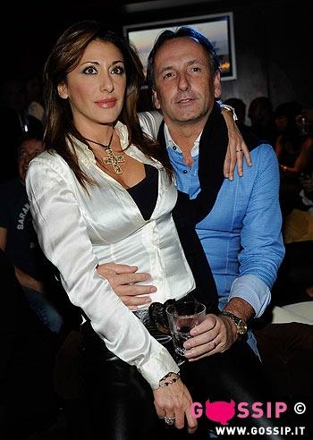 Chicas sexys de los 80 Sabrina_salerno_ed_il_marito_enrico_monti_02a2
