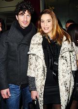 Daniela Fazzolari in dolce attesa con il marito Sergio al Salone Margherita: le foto
