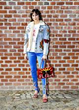 Elisabetta Canalis cambia look  nuovo taglio di capelli 7213c733d36c