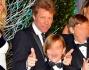 Bon Jovi con la famiglia in occasione del Winter Whites, il gala d'inverno organizzato al Kensington Palace
