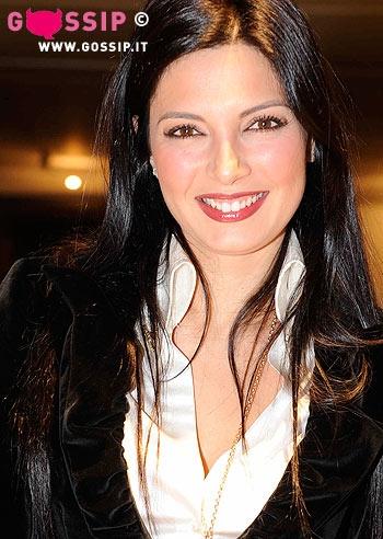 Alessia mancini alla sfilata di carlo pignatelli foto e for Alla maison di alessia