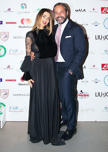 Fabio cannavaro gigi d 39 alessio e anna tatangelo all for Mobilia valentina