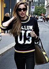 Aida Yespica, shopping milaese da Philipp Plein: foto