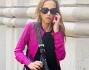 Allegra Versace abbandona il total black per un look multicolor fianlmente