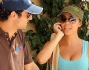 antonio cupo sorridente insieme alla nuova fidanzata emanuela