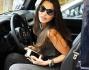 Barbara Guerra sale in auto ma concede come sempre gli ultimi scatti ai paparazzi