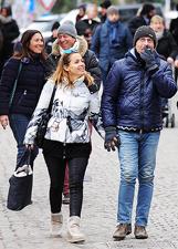 Famiglia Bonolis in trasferta a Cortina per le feste: le foto