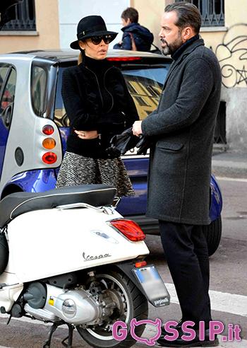 Cecilia Capriotti Discute Con Il Suo Gianluca Mobilia Poi