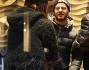 Shopping meneghino per il presentatore di X factor Alessandro Cattelan