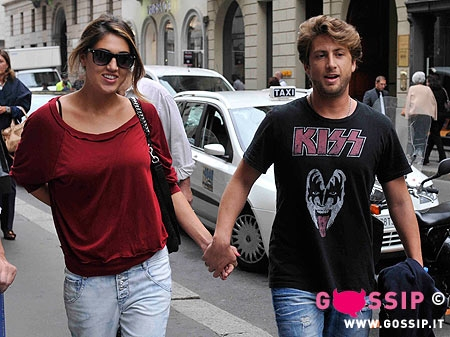 Mano nella mano Cecilia Rodriguez e Sebastian - Foto e Gossip