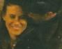 Coccole ignari dei paparazzi per l'erede della maison Francesca Versace ed il bell'attore brasiliano Christopher Leoni