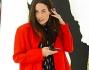 Look casual con cappottino rosso molto fashion: Giulia Valentina