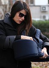 Ilaria D'Amico porta Leopoldo Mattia dal pediatra