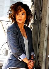 Jennifer Lopez, poliziotta bellissima sul set a New York: le foto