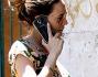 Laura Chiatti incinta in giro per Roma