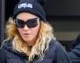 Madonna ha sfoggiato sulla cuffia di lana, all'uscita dalla lezione di pilates: Comme des F*ck Down!