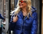 Mara Venier, look fluo per lo shopping milanese: le foto