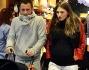 Antonio Cassano e Carolina Marcialis escono dal Disney Store