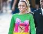 Miley Cyrus vestita da coniglietta a Los Angeles: le foto