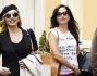 Shopping in famiglia per Milly Carlucci  a Roma: eccola con la figlia Angelica ed il marito Angelo