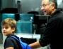 Paolo Bonolis ed il figlio Davide all'aeroporto