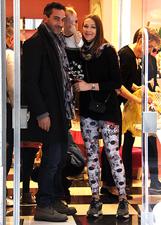 Ludmilla Radchenko e Matteo Viviani genitori dolcissimi con la piccola Eva a Milano: le foto