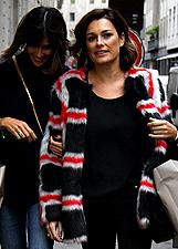 Alena Seredova fa shopping con Lady Cruciani: foto