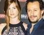 Bianca Vitali e Stefano Accorsi ufficialmente una coppia anche nello showbiz: eccoli sul red carpet di Sky