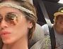 Da Formentera ad Ibiza per Aida e Co.: eccoli in un selfie hippy in macchina