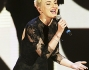 Cambio di look per Arisa ai Music Awards 2014