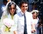 Pioggia di riso sugli sposi all'uscita dopo la cerimonia: Caterina Balivo e Guido Maria Brera