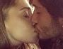 Inseparabili ed innamoratissimi un selfie al bacio per Stefano e Belen