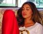 Belen si riposa in un momento di pausa dal set di 'Italia's Got Talent'