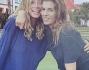Amiche inseparabili che si godono la vacanza: Maddalena Corvaglia ed Elisabetta Canalis