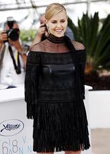 Charlize Theron arriva al Festival di Cannes: le foto