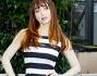 Chiara Francini ha optato per un look navy black & white durante la conferenza stampa