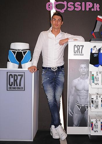cr7 linea abbigliamento