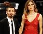 Max Biaggi elegantissimo nella sua semplicit� ed Eleonora Pedron bellissima in rosso al Festival di Sanremo