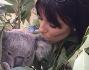 LE FOTO DI EVA LONGORIA TRA GLI ANIMALI IN UNO ZOO IN AUSTRALIA